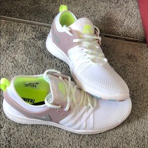 Brand New Womens Nike Free TR 7. Never been worn